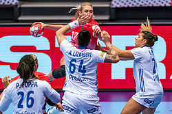 Vladlena Bobrovnikova of Russia , Beatrice Edwige of France, Alexandra Lacrabere of France in action during the Women's EHF Euro 2020 match between France and Russia at Jyske Bank BOXEN on december 11, 2020 in Kolding, Denmark (Photo by RHF Agency/Ronald Hoogendoorn)