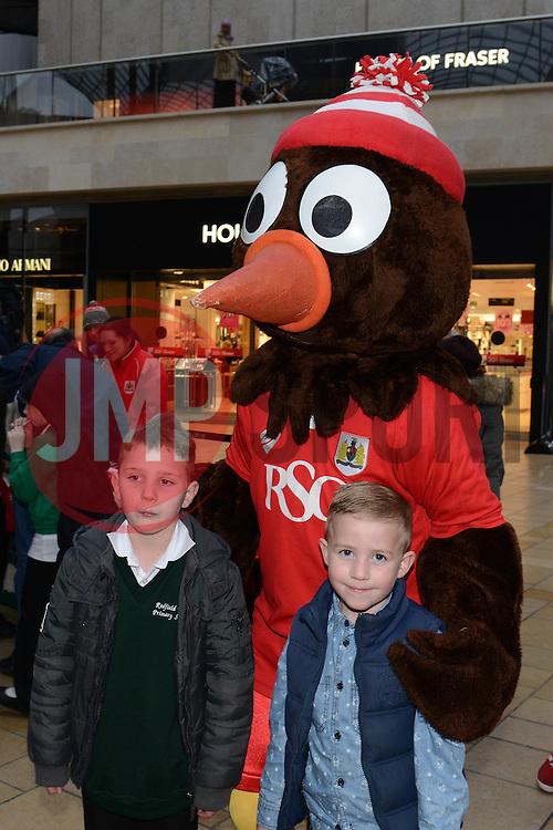 Bristol City fans with Scrumpy - Photo mandatory by-line: Dougie Allward/JMP - Mobile: 07966 386802 - 11/03/2015 - SPORT - Football - Bristol - Cabot Circus Shopping Centre - Johnstone's Paint Trophy