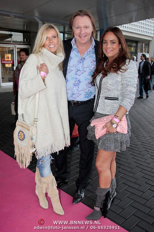 NLD/Amsterdam/20110401 - The Fashion Lisst Vip Night in de Rai, Erwin Kettman en partner Scheila Bergeik en vriendin Marion van de Stolpe
