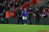 Football - 2019 / 2020 Premier League - Southampton vs. Everton<br /> <br /> Goalscorer Richarlison of Everton gets a pat on the back from Everton Manager Marco Silva after scoring at St Mary's Stadium Southampton<br /> <br /> COLORSPORT/SHAUN BOGGUST
