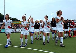 20-05-2007 HOCKEY: FINALE PLAY OFF: DEN BOSCH - AMSTERDAM: DEN BOSCH <br /> Den Bosch voor de tiende keer op rij kampioen van de Rabo Hoofdklasse Dames. In de beslissende finale versloegen zij Amsterdam met 2-0 / Teleurstelling bij Amsterdam met oa. Chantal de Bruijn, Fieke Holman en Kelly Jonker<br /> ©2007-WWW.FOTOHOOGENDOORN.NL