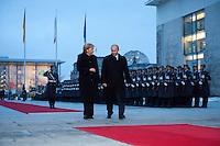 16 JAN 2009, BERLIN/GERMANY:<br /> Angela Merkel (L), Bundeskanzlerin, und Wladimir Putin (R), Ministerpraesident Russland, auf dem Weg ins Kanzleramt, nach einem Empfang mit militaerischen Ehren, Ehrenhof, Bundeskanzleramt<br /> IMAGE: 20090116-01-015<br /> KEYWORDS: Vladimir Putin, Wachbataillon