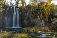Of the 3 waterfalls I stopped at, I liked the foliage around Spearfish Falls the best. The upper viewing platform can be seen at the top.