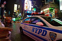 Carro de polícia estacionado na 7a Avenida, em Nova York. FOTO: Jefferson Bernardes / Preview.com