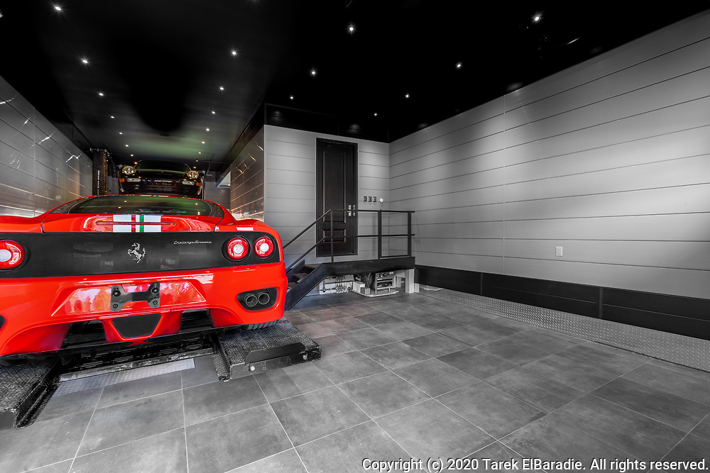 Garage Royalty Product Photography