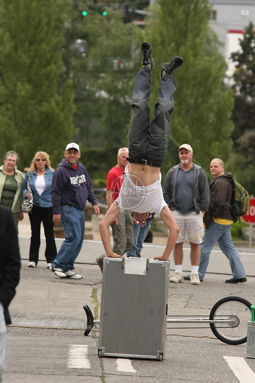 Buskers entertaining at the 39th Annual Fremont Fair.