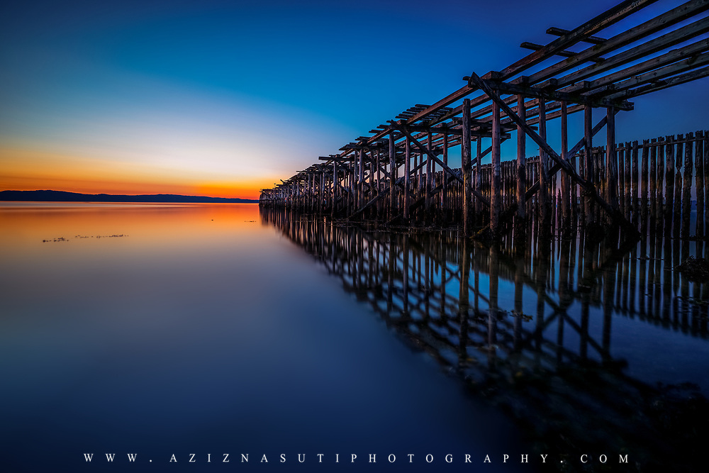 Ranheimsfjæra in Trondheim  with a fantastic sunset. The old pier at Ranheim. www.aziznasutiphotography.com
