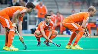 ROTTERDAM - HOCKEY - Jeroen Hertzberger (m) concentreert zich op de strafcorner  tijdens de wedstrijd tussen de mannen bvan Nederland en Nieuw Zeeland (3-3)  bij de Rabobank Hockey World League in Rotterdam. ANP KOEN SUYK