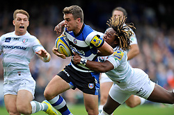 Bath fly half George Ford goes on the attack - Photo mandatory by-line: Patrick Khachfe/JMP - Tel: Mobile: 07966 386802 - 28/09/2013 - SPORT - RUGBY UNION - The Recreation Ground, Bath - Bath Rugby v London Irish - Aviva Premiership.