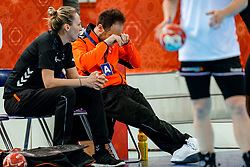 15-12-2019 JAP: Final Netherlands - Spain, Kumamoto<br /> The Netherlands beat Spain in the final and take historic gold in Park Dome at 24th IHF Women's Handball World Championship / Bondscoach Emmanuel Mayonnade of Netherlands, Assistent Coach Ekaterina Andryushina of Netherlands