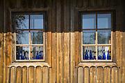 Drewniana zabudowa na rynku wraz ze średniowiecznym założeniem urbanistycznym, Lanckorona, Polska<br /> Wooden buildings on the market along with medieval urban planning, Lanckorona, Poland