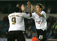 Photo: Tom Dulat/Sportsbeat Images.<br /> <br /> Millwall v Swansea City. Coca Cola League 1. 06/11/2007.<br /> <br /> Swansea City's Paul Anderson(R) celebrates his equalizer together with Jason Scotland(L). 2-2