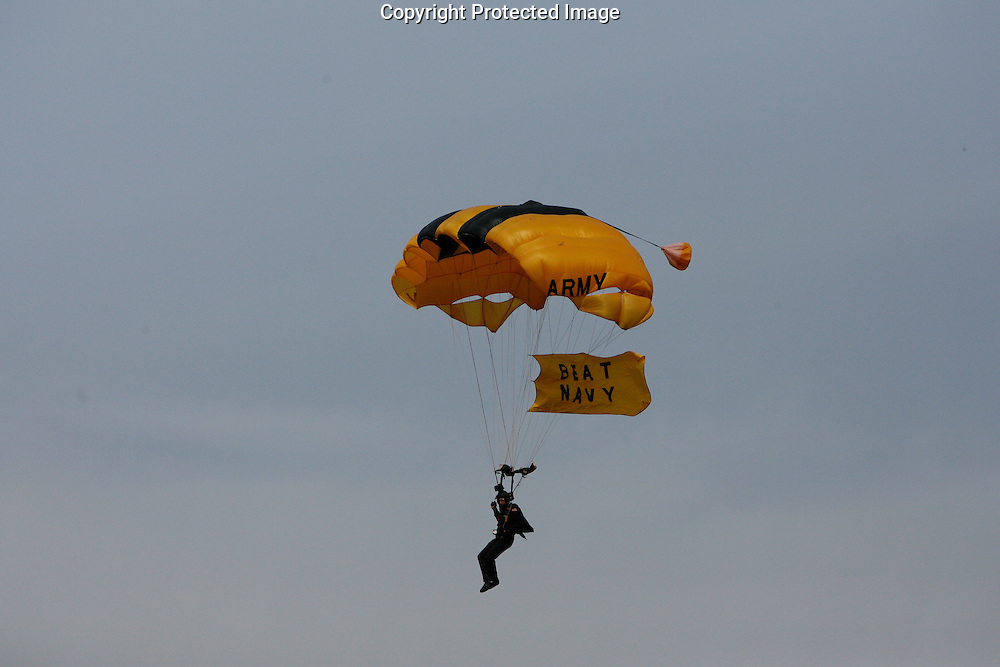 6 Dec 2008: Army Leap Frogs fly into the statdium before the Army / Navy game December 6th, 2008. At Lincoln Financial Field in Philadelphia, Pennsylvania.