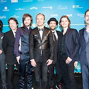 NLD/Amsterdam//20140331 - Uitreiking Edison Pop 2014, Niels Geuzenbroek en band