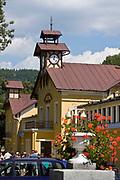 Wieża zegarowa, Łazienki Mineralne, Krynica Zdrój, Polska<br /> The clock tower, Krynica Zdrój, Poland