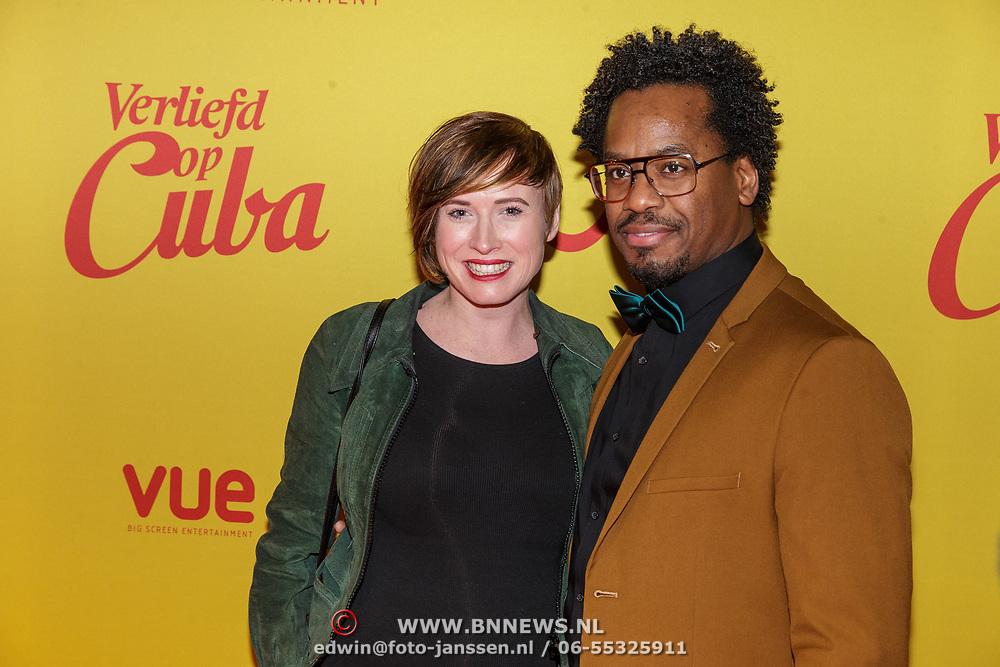 NLD/Hilversum/20190211- Verliefd op Cuba premiere, Rogier Komproe en zwangere partner Manon Waenink