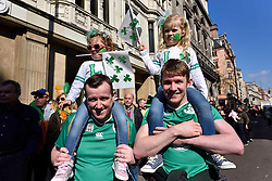 People watch the parade along Piccadilly to celebrate St. Patrick's Day in London, Britain, on March 13, 2016. EXPA Pictures © 2016, PhotoCredit: EXPA/ Photoshot/ Ray Tang<br /> <br /> *****ATTENTION - for AUT, SLO, CRO, SRB, BIH, MAZ, SUI only*****