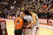 DESCRIZIONE : Pistoia Lega serie A 2013/14  Giorgio Tesi Group Pistoia Pesaro<br /> GIOCATORE : arbitro<br /> CATEGORIA : curiosità<br /> SQUADRA : Giorgio Tesi Group Pistoia<br /> EVENTO : Campionato Lega Serie A 2013-2014<br /> GARA : Giorgio Tesi Group Pistoia Pesaro Basket<br /> DATA : 24/11/2013<br /> SPORT : Pallacanestro<br /> AUTORE : Agenzia Ciamillo-Castoria/M.Greco<br /> Galleria : Lega Seria A 2013-2014<br /> Fotonotizia : Pistoia  Lega serie A 2013/14 Giorgio  Tesi Group Pistoia Pesaro Basket<br /> Predefinita :