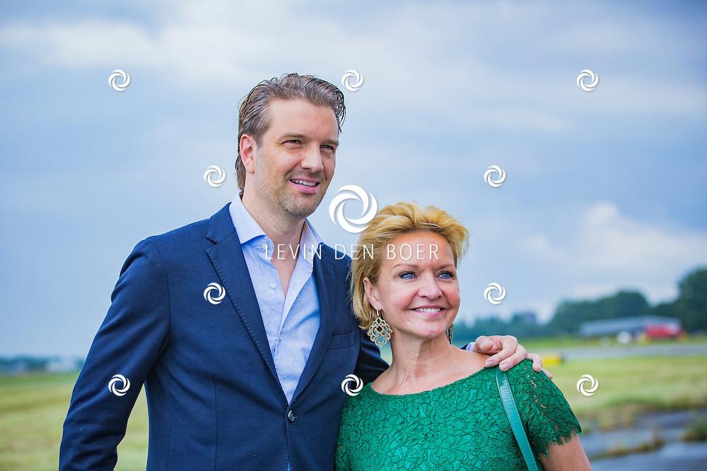 ROTTERDAM - Theater van de Klucht presenteert een nieuwe theaterproductie genaamd 'Boeing Boeing'. Met hier op de foto Bas Muijs en Mariska van Kolck. FOTO LEVIN EN PAULA PHOTOGRAPHY VOF