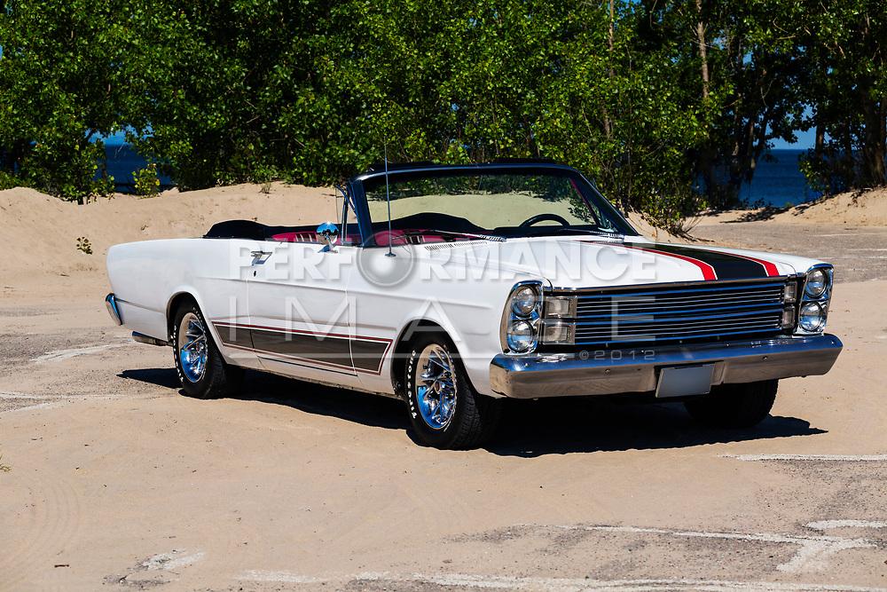 1966 Ford Galaxie XL 500