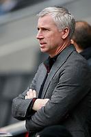 Photo: Steve Bond/Richard Lane Photography. MK Dons v Southampton. Coca-Cola Football League One. 20/03/2010. Alan Pardew on the touchline