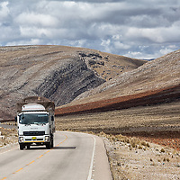 A van driving on Route PE-3S somewhere between Tarma and Jauja while we are driving the opposit direction, with Huancayo as our daily destination .