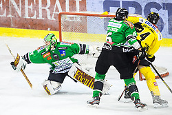 08.10.2013, Hala Tivoli, Ljubljana, SLO, EBEL, HDD Olimpija Ljubljana vs UPC Vienna Capitals, 18.Runde, im Bild Jerry Kuhn blocks a shot (HDD Olimpija, #35) // during the Erste Bank Icehockey League 18th Game Day match between HDD Telemach Olimpija Ljubljana and UPC Vienna Capitals at the Hala Tivoli, Ljubljana, Slovenia on 2013/10/08. EXPA Pictures © 2013, PhotoCredit: EXPA/ Sportida/ Matic Klansek Velej<br /> <br /> ***** ATTENTION - OUT OF SLO *****