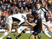 Wycombe. GREAT BRITAIN, 10th October 2004, Guinness Premiership Rugby, London Wasps and Newcastle Falcons, Adams Park, ENGLAND. [Mandatory Credit; Pete Spurrier/Intersport-images]<br /> <br /> Wasps Jonny O'Conner,[right]  drags Matt Burke down<br /> Photo  Peter Spurrier. Jonny Wilkenson supporting. <br /> email images@intersport-images.com