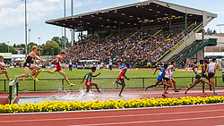 men's 3000 meter steeplechase, Bailey Roth, sets US HS record two races in a row