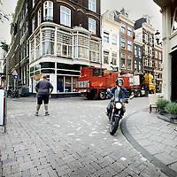 Nederland, Amsterdam , 2 juli 2010..Verkeerschaos Utrechtsestraat..Traffic Chaos in the center of Amsterdam, Utrechtsestraat.