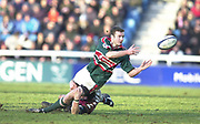 Twickenham, Surrey, UK., 19.01.2002, Tiger's full back Geordan Murphy, passes the ball,  Nick Burrows, tackling, during the, Harlequins vs Leicester Tigers Powergen National Cup Rugby match, played at the, Stoop Memorial Ground, [Mandatory Credit: Peter Spurrier/Intersport Images],