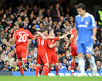 Fotball<br /> England<br /> Foto: Fotosports/Digitalsport<br /> NORWAY ONLY<br /> <br /> Chelsea v Liverpool Premier League 26.10.08 <br /> <br /> Xabi Alonso celebrates 1st goal for Liverpool with team mates