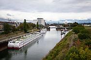 the Rhine harbor in the district Deutz, view to the south, Cologne, Germany.<br /> <br /> der Deutzer Hafen, Blick nach Sueden, Koeln, Deutschland.