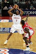 DESCRIZIONE : Roma Lega A1 2006-07 Lottomatica Virtus Roma Whirlpool Varese <br /> GIOCATORE : Hawkins <br /> SQUADRA : Lottomatica Virtus Roma <br /> EVENTO : Campionato Lega A1 2006-2007 <br /> GARA : Lottomatica Virtus Roma Whirlpool Varese <br /> DATA : 25/04/2007 <br /> CATEGORIA : Passaggio<br /> SPORT : Pallacanestro <br /> AUTORE : Agenzia Ciamillo-Castoria/G.Ciamillo