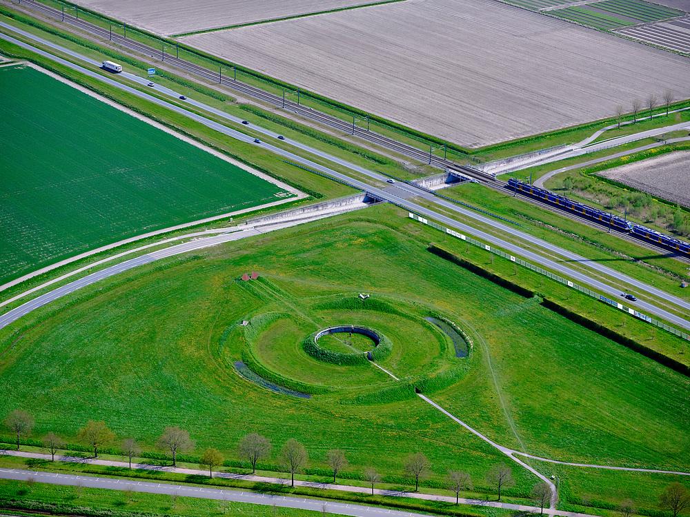 Nederland, Flevoland, Lelystad, 07-05-2021; Observatorium Robert Morris. Landart object, twee concentrische cirkels met granieten en het stalen objecten. Het op Stonehenge geinspireerde werk laat de langste, de kortste dag zien evenals de zonnewende door middel van de uitsparingen in de binnencirkel.<br /> Robert Morris Observatory. Land art object, two concentric circles with granite and the steel objects. The Stonehenge-inspired work shows the longest, shortest day as well as the solstice through the recesses in the inner circle<br /> <br /> luchtfoto (toeslag op standard tarieven);<br /> aerial photo (additional fee required)<br /> copyright © 2021 foto/photo Siebe Swart