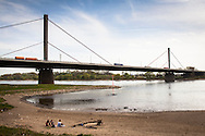 Europa, Deutschland, Leverkusen, die Rheinbruecke der Autobahn A1 zwischen Leverkusen und Koeln. - <br /> <br /> Europe, Germany, Leverkusen, the river Rhine bridge of the Autobahn A1 between Leverkusen and Cologne.