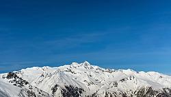 THEMENBILD - Panoramaansicht auf die tiefwinterlichen, Schnebedeckten Berge der Glocknergruppe mit Großglockner (höchster Berg Österreichs) im Nationalpark Hohe Tauern. Kals am Großglockner, Österreich am Montag, 2. April 2018 // Panoramic view of the deep-wintered, snow-capped mountains of the Glockner group with Grossglockner (highest mountain in Austria) in the Hohe Tauern National Park. Monday, April 2, 2018 in Kals am Grossglockner, Austria. EXPA Pictures © 2018, PhotoCredit: EXPA/ Johann Groder