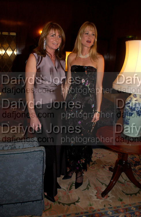 Miriam Francome and Lucy Sangster, The 2004 Cartier Racing awards, Four Seasons Hotel. London. 17 November 2004. ONE TIME USE ONLY - DO NOT ARCHIVE  © Copyright Photograph by Dafydd Jones 66 Stockwell Park Rd. London SW9 0DA Tel 020 7733 0108 www.dafjones.com