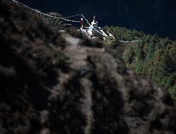 """THEMENBILD - Buddhistische Stupa. Wanderung im Sagarmatha National Park in Nepal, in dem sich auch sein Namensgeber, der Mount Everest, befinden. In Nepali heißt der Everest Sagarmatha, was übersetzt """"Stirn des Himmels"""" bedeutet. Die Wanderung führte von Lukla über Namche Bazar und Gokyo bis ins Everest Base Camp und zum Gipfel des 6189m hohen Island Peak. Aufgenommen am 11.05.2018 in Nepal // Trekkingtour in the Sagarmatha National Park. Nepal on 2018/05/11. EXPA Pictures © 2018, PhotoCredit: EXPA/ Michael Gruber"""