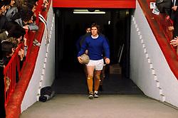 Alan Ball, Everton wearing white boots