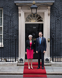 ALTERNATE CROP<br /> Prime Minister Theresa May welcomes King Felipe VI of Spain to 10 Downing Street, London, during the King's State Visit to the UK.