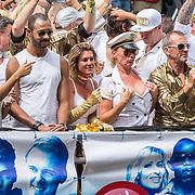 NLD/Amsterdam/20170805 - Gaypride 2017, boot Radio Decibel
