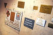 Buchenwald was tijdens de Tweede Wereldoorlog een concentratiekamp in nazi-Duitsland in een bosrijke omgeving nabij de stad Weimar. Het bijna volledig van de buitenwereld afgesloten kamp werd in 1937 aangelegd door SS'ers en gevangenen. Buchenwald werd op 11 april 1945 bevrijd door de zesde pantserdivisie van het derde Amerikaanse leger. <br /> <br /> Buchenwald was during World War II concentration camp in Nazi Germany in a wooded area near the city of Weimar. It almost completely from the outside world closed camp was built in 1937 by SS men and prisoners. Buchenwald was liberated on April 11, 1945 by the Sixth Armored Division of the Third US Army.