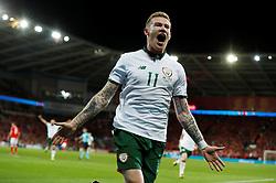 October 9, 2017 - Cardiff, Pays de Galles - Joie - Republic of IrelandÃ•s James McClean celebrates scoring their first goal (Credit Image: © Panoramic via ZUMA Press)