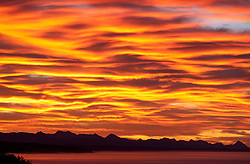 "South Africa - Plettenberg Bay - 2 June 2020 - A sunrise over the Tsitsikamma mountain range as seen from Plettenberg Bay. According to Wikipedia ""The Tsitsikamma mountains form an east-west mountain range located in the Garden Route region of the southern South African coast in the Western Cape and Eastern Cape provinces. Tsitsikamma means 'place of much water' in the Khoekhoe language."" Picture: David Ritchie/African News Agency(ANA)"