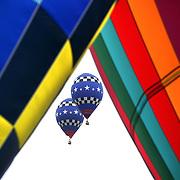 USA pilots Joe Heartsill and Rhett Heartsill, take to the skies around rural Michigan near Battle Creek during the World Hot Air Ballooning Championships. Battle Creek, Michigan, USA. 19th August 2012. Photo Tim Clayton