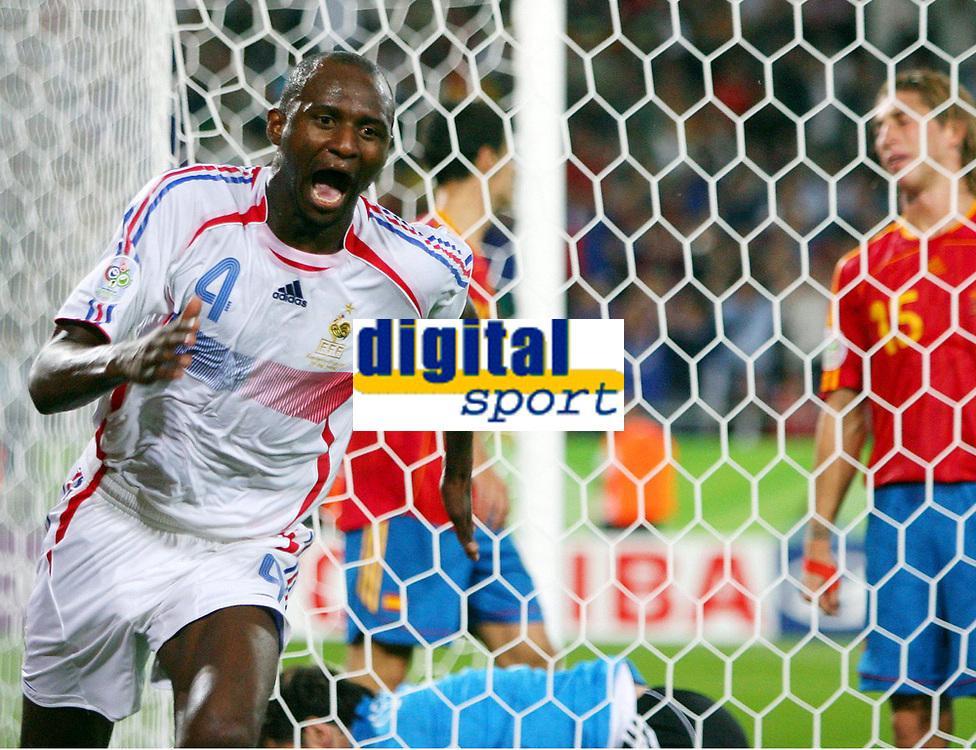 1:2 Tor Patrick Vieira Frankreich<br /> Fussball WM 2006 Achtelfinale Spanien - Frankreich<br /> Spania - Frankrike<br /> Norway only