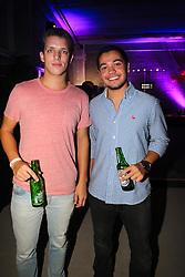 Christian Piva e Gabriel Drumond na festa de inauguração do Viva Open Mall. FOTO: Dani Barcellos/ Agência Preview