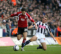 Photo: Mark Stephenson/Sportsbeat Images.<br /> West Bromwich Albion v Bristol City. Coca Cola Championship. 26/12/2007.Bristol's Ivan Sproule battles with Weat Brom's James Morrison
