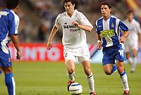 Fotball<br /> Spania Primera Division 2004/05<br /> Espanyol v Real Madrid<br /> 18. september 2004<br /> Foto: Digitalsport<br /> NORWAY ONLY<br /> SANTIAGO SOLARI (REAL) / MAXI RODRIGUEZ (ESP)